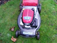 """HONDA SELF PROPELLED MASSIVE 20"""" PETROL LAWNMOWER IN EXCELLENT CONDITION"""