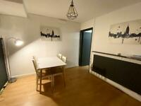 Single ensuite room to rent off aylestone rd in a quiet and clean house
