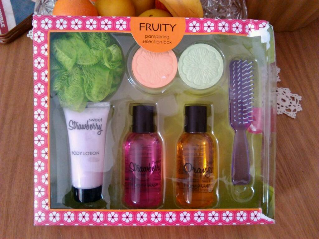 Gift box fruity
