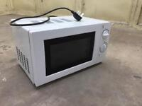 Used GMM101W 700watt white electric microwave/cooker