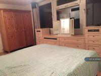 1 bedroom in Crown Road, Sutton, SM1 (#1100922)