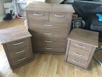 Chest of drawers and bedside cabinet's