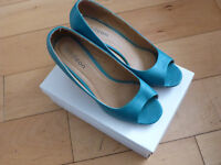 Women lovely shoes