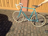 Vintage Raleigh racing cycle with a 501 Reynolds hand built aluminium frame, 14 speed.