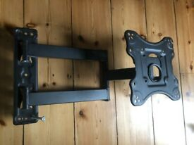 Free: TV wall bracket