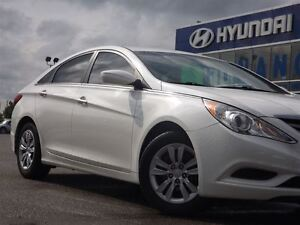2013 Hyundai Sonata GL | NO ACCIDENTS | HEATED SEATS & BLUETOOTH Stratford Kitchener Area image 10