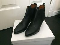 LADIES Black Pull on Leather Ankle Boots with leather lining, UK 6 (Eur 39), excellent condition £22