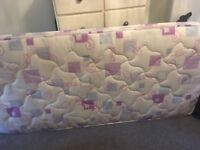 Excellent condition single mattress