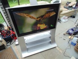 Panasonic 37 inch HD Plasma TV ★ Inc. Factory Floor Stand and Remote ★ In Good Condition ★