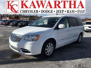 2016 Chrysler Town & Country LOADED TOURING WITH DVD AND BLUETOO