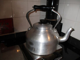 Pyramid alumium kettle