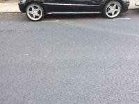 "19"" Mercedes alloy rim"