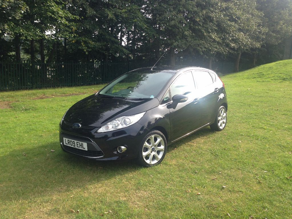 ford fiesta titanium 68 car 2009 plate 1 4 diesel 5 door. Black Bedroom Furniture Sets. Home Design Ideas