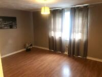 Beautiful unfurnished 3 bedroom flat available to let in Easterhouse Glasgow