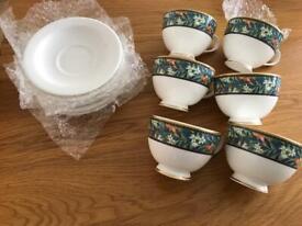 Royal Doulton bone China Tudor grove tea cups h5260 .