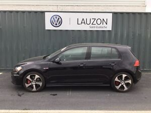 2015 Volkswagen Golf GTI 5-Door Performance pack