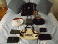 Selection of 13 bags & purses