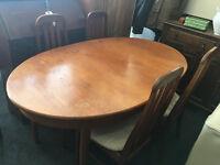 Beautiful Vintage Retro G Plan Danish McIntosh Style Extending Teak Dining Table & 4 Matching Chairs