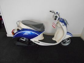 Pre Registered 2016 66 Sym Mio 50cc Scooter In Blue