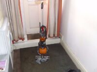 lightweight dc24 dyson ball with tools reconditioned with guarantee.