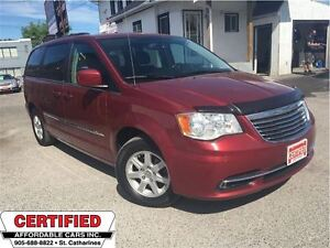 2011 Chrysler Town & Country ** SUNROOF, BLUETOOTH, BACK CAM, NA