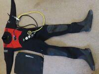 Diving equipment - Mens drysuit and regulator £250