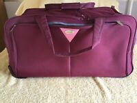 Large luggage bag with wheels