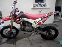 140cc full size Welsh racing pitbike