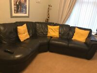 LEATHER CORNER SOFA 6/7 seater chaise end