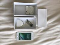 Good condition iPhone 5s, White, 16GB, EE
