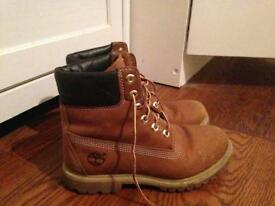 Ladies timberland boots US Size 6.5