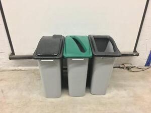 Poubelle de recyclage (bac)