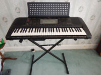 Yamaha PSR-630 keyboard, stand and carry case