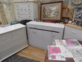 top display CHESTS TABLES CH,DESIGN curtains bedding electrics