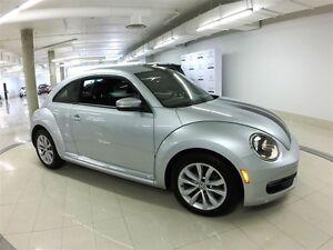 2012 Volkswagen Beetle Premiere+ **RARE GEM IN EXCELLENT CONDITI