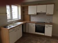 Kitchen units and oven for sale