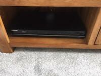 Samsung surround sound speakers and blue ray dvd player