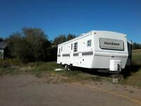 33 ft Dutchman travel trailer, one slideout ,for sale or trade