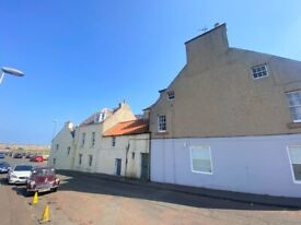 Victoria Place - Large, one double bedroom flat situated at the harbour in Dunbar. Part furnished.