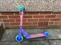 Girls Oxelo scooter