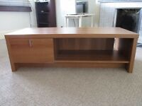 house clearance! moving abroad! everything must go! coffee table, microwave, bed frame, hoover!
