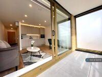 Studio flat in Holmes Road, London, NW5 (#1144178)