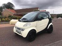 LIMITED EDTION SMART CAR EDINBOURGH EDTION // CREAM AND BLACK