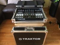 Tractor S5 Native Instruments + Flight case + free cables