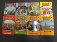 lADYBIRD FULL SET 8 LITTLE RED TRACTOR BOOKS WITH RUTSACK 3 +
