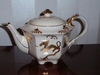 Sadler Golden Dragon Teapot