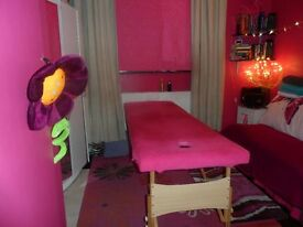 PROFESSIONAL HOLISTIC MASSAGE THERAPIST, Sport Massage, Lomi-Lomi, Aromatheraphy, for Ladies& Gents