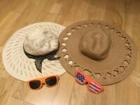 Summer Holiday - 2 Summer Hats + 2 Lovely Orange Sunglasses + 2 sunglasses cases