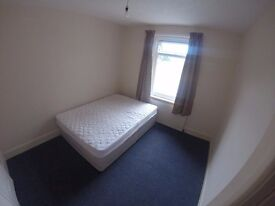 *DOUBLE ROOM* ALL BILLS INCLUDED & WIFI