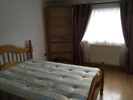 Large double room for rent in Borehamwood WD62RB